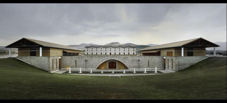 Arquitectura y vino (II)