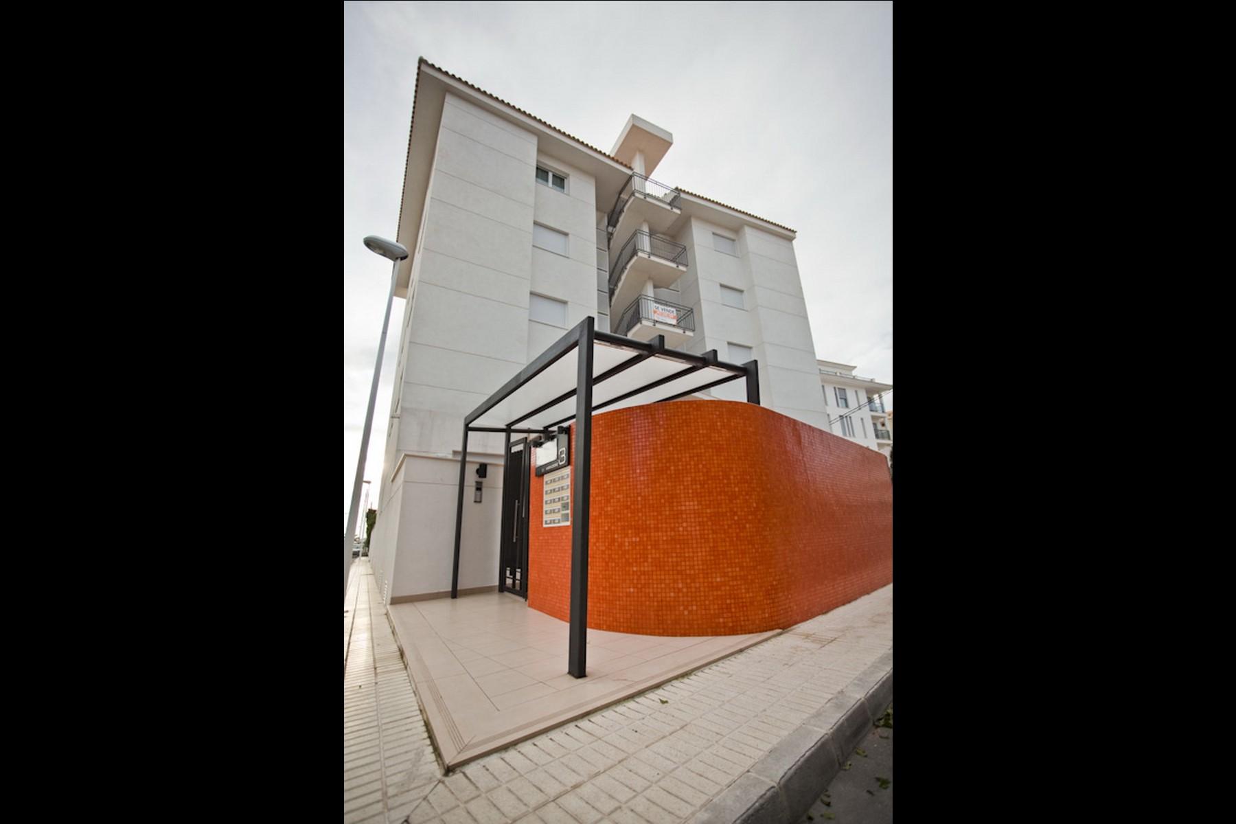 Imaginarq-155-Edificio-Viviendas-Altea-Alicante-01A