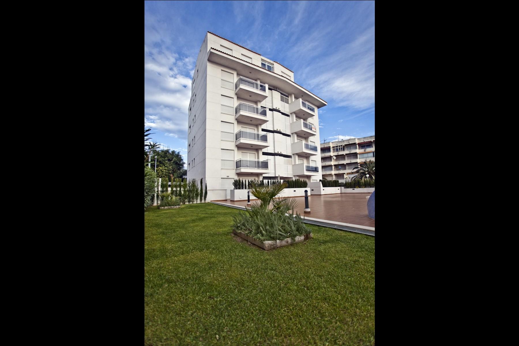 Imaginarq-155-Edificio-Viviendas-Altea-Alicante-03A