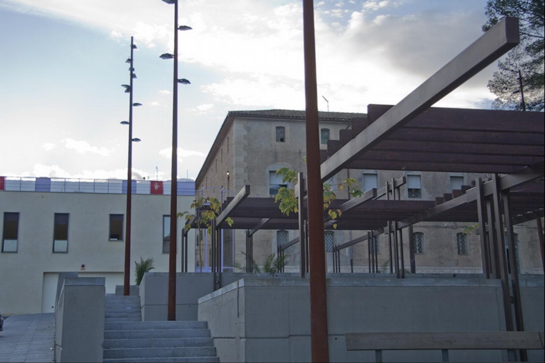 Imaginarq-181-edificio-polivalente-PPFF-Pego-Alicante-01A