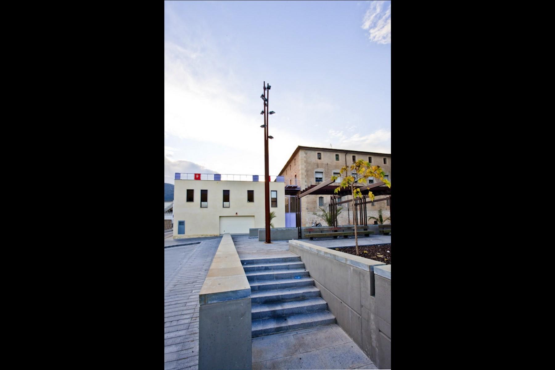 Imaginarq-181-edificio-polivalente-PPFF-Pego-Alicante-03A